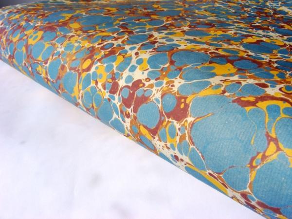 papier marmurkowy niebieski, bordo, brąz battal, papier marmoryzowany, papier introligatorski