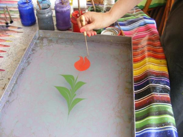 ebru, malowanie na wodzie, jak malować na wodzie