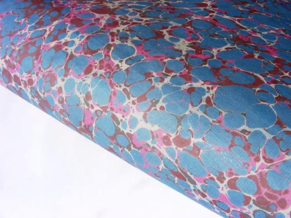 papier marmurkowy szaro-różowy ciemniejszybattal, papier marmoryzowany, papier introligatorski