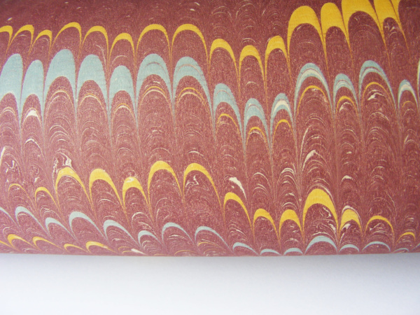 papier marmurkowy bordowy grzebieniowy, papier marmoryzowany, papier marmurkowy malowany ręcznie na powierzchni wody, papier introligatorski, dla konserwatorów papieru, marbled paper