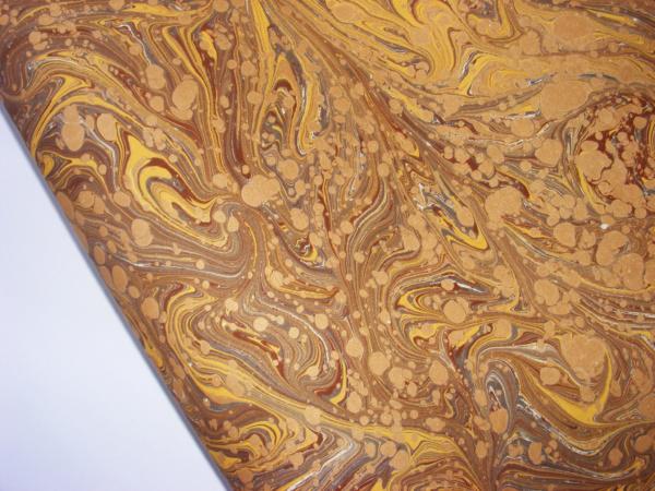 papier marmurkowy brązowo złoty, papier marmoryzowany, papier marmurkowy malowany ręcznie na powierzchni wody, papier introligatorski, dla konserwatorów papieru, hertmanus, marbled paper