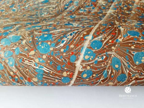 papier marmurkowy brązowo-niebiesko-czerwony, papier marmoryzowany, papier marmurkowy malowany ręcznie na powierzchni wody, papier introligatorski, dla konserwatorów papieru, hertmanus, marbled paper